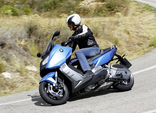 BMW C 600 Sport video ufficiale del maxi scooter sportivo BMW - Foto 40 di 81