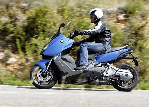 BMW C 600 Sport video ufficiale del maxi scooter sportivo BMW - Foto 39 di 81