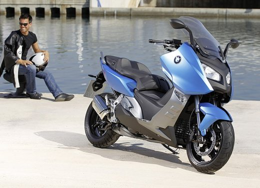 BMW C 600 Sport video ufficiale del maxi scooter sportivo BMW - Foto 67 di 81