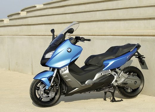 BMW C 600 Sport video ufficiale del maxi scooter sportivo BMW - Foto 53 di 81