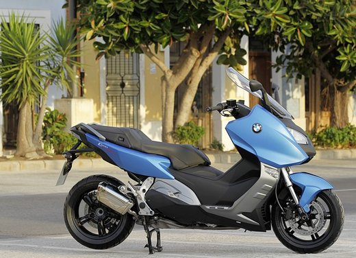 BMW C 600 Sport video ufficiale del maxi scooter sportivo BMW - Foto 50 di 81