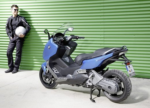 BMW C 600 Sport video ufficiale del maxi scooter sportivo BMW - Foto 58 di 81