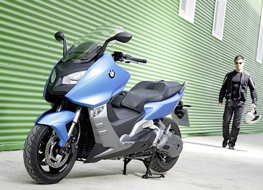BMW C 600 Sport video ufficiale del maxi scooter sportivo BMW - Foto 57 di 81
