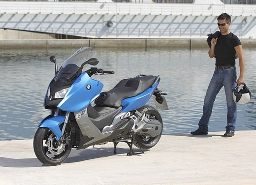 BMW C 600 Sport video ufficiale del maxi scooter sportivo BMW - Foto 66 di 81