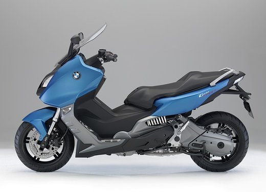BMW C 600 Sport video ufficiale del maxi scooter sportivo BMW - Foto 13 di 81