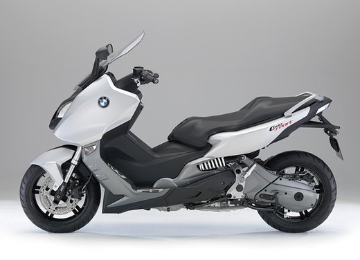 BMW C 600 Sport video ufficiale del maxi scooter sportivo BMW - Foto 15 di 81
