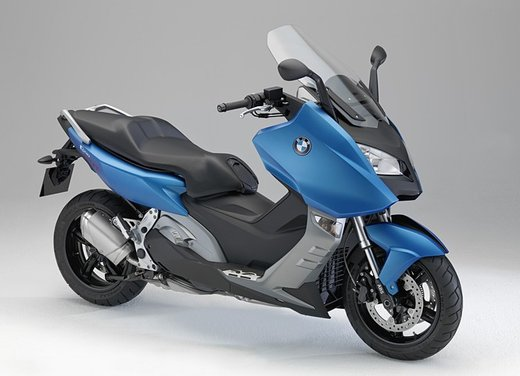 BMW C 600 Sport video ufficiale del maxi scooter sportivo BMW - Foto 27 di 81