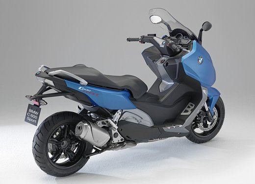 BMW C 600 Sport video ufficiale del maxi scooter sportivo BMW - Foto 28 di 81