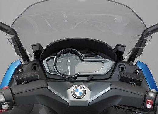 BMW C 600 Sport video ufficiale del maxi scooter sportivo BMW - Foto 34 di 81