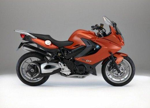 BMW Moto annuncia un nuovo modello boxer per il 2013 - Foto 2 di 9