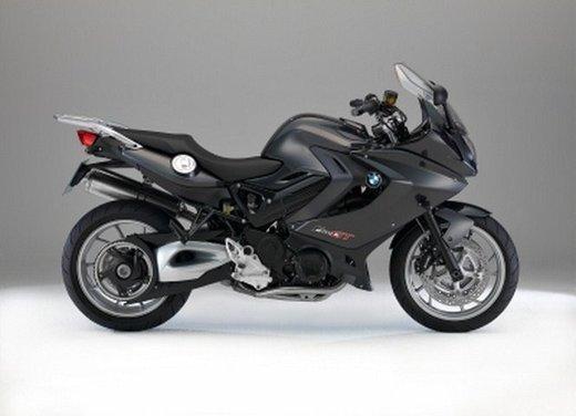 BMW Moto annuncia un nuovo modello boxer per il 2013 - Foto 3 di 9