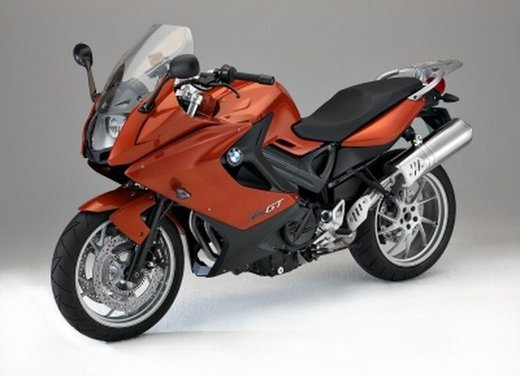 BMW Moto annuncia un nuovo modello boxer per il 2013 - Foto 5 di 9
