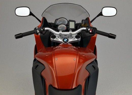 BMW Moto annuncia un nuovo modello boxer per il 2013 - Foto 8 di 9