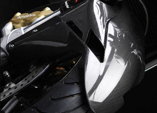 MV Agusta Brutale: leggerezza, stile, potenza e personalità - Foto 3 di 11