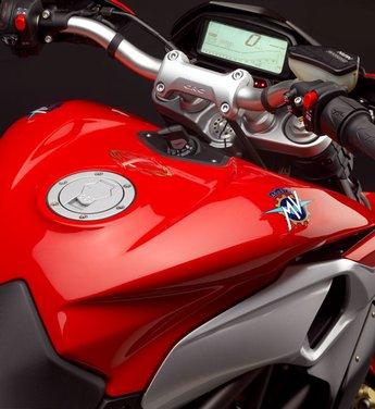 MV Agusta Rivale 800 la moto più bella di Eicma 2012 - Foto 23 di 23
