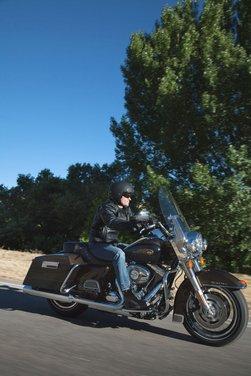 Harley-Davidson e Papa Benedetto XVI per il 110° anniversario del brand - Foto 38 di 56
