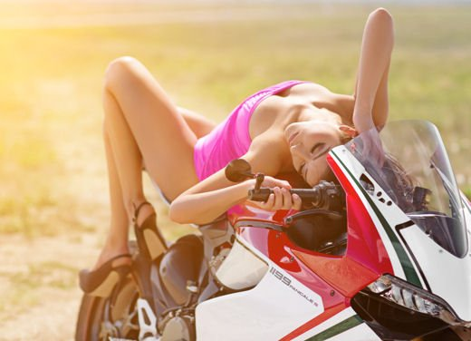 Ducati 1199 Panigale S ampia gallery per la regina delle superbike - Foto 13 di 15