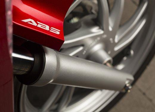 """Honda SH listino prezzi e caratteristiche dello scooter a """"ruote alte"""" Honda - Foto 20 di 33"""