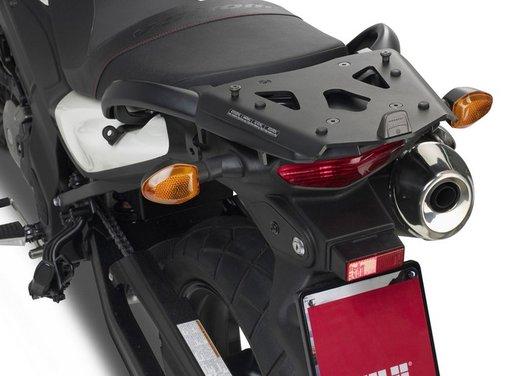 Suzuki V-Strom 650 ABS con accessori GIVI - Foto 6 di 13