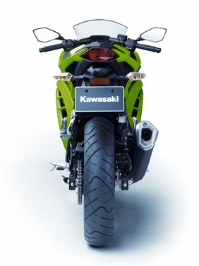 Kawasaki Ninja 300 al prezzo di 4.990 euro - Foto 20 di 37