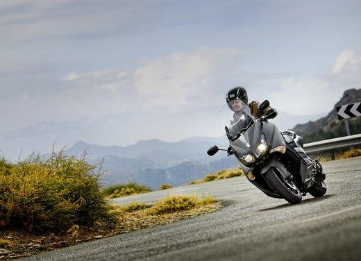 Yamaha T-Max 2012, evoluzione senza rivoluzione - Foto 11 di 16