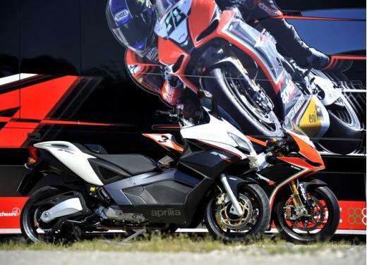 Aprilia e Moto Guzzi: proseguono le promozioni su Aprilia RS 125, Aprilia Dorsoduro e Moto Guzzi V7 - Foto 6 di 8