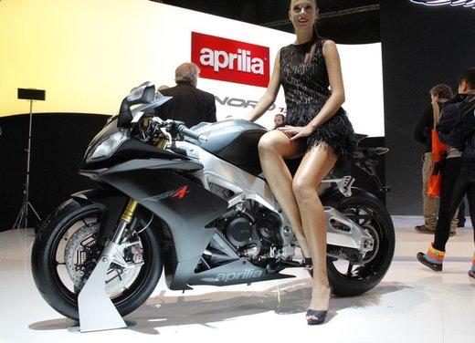 Aprilia RSV4 R ABS - Foto 1 di 15