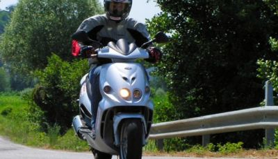 Malaguti Phantom Max 250: Test Ride