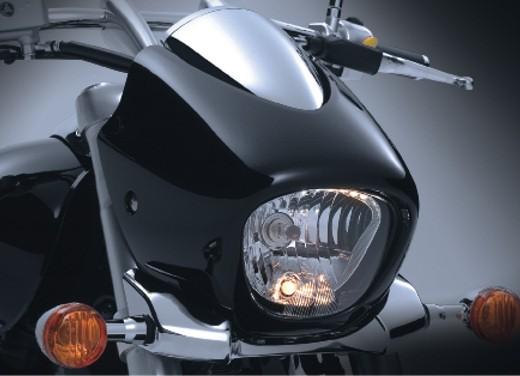 Suzuki Intruder M1500 - Foto 10 di 43