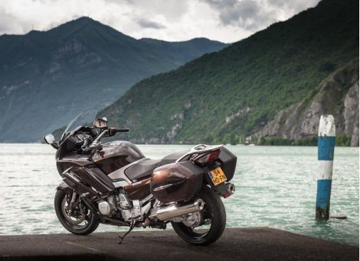 Yamaha FJR 1300 AS: sport tourer all'avanguardia - Foto 18 di 25