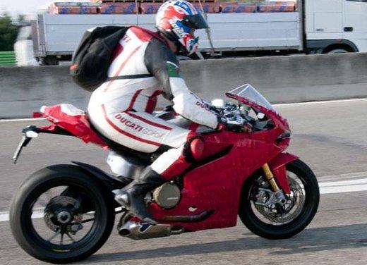 Ducati 1199 Panigale: foto spia della nuova superbike Ducati - Foto 4 di 13