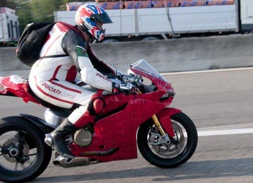 Ducati 1199 Panigale: foto spia della nuova superbike Ducati - Foto 7 di 13