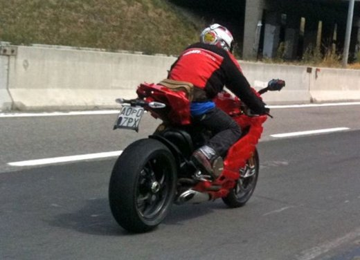 Ducati 1199 Panigale: motore Superquadro - Foto 25 di 25