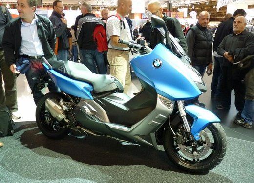 BMW C 600 Sport video ufficiale del maxi scooter sportivo BMW - Foto 3 di 81