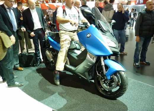 BMW C 600 Sport video ufficiale del maxi scooter sportivo BMW - Foto 4 di 81