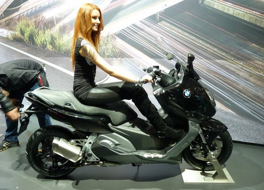 BMW C 600 Sport video ufficiale del maxi scooter sportivo BMW - Foto 7 di 81