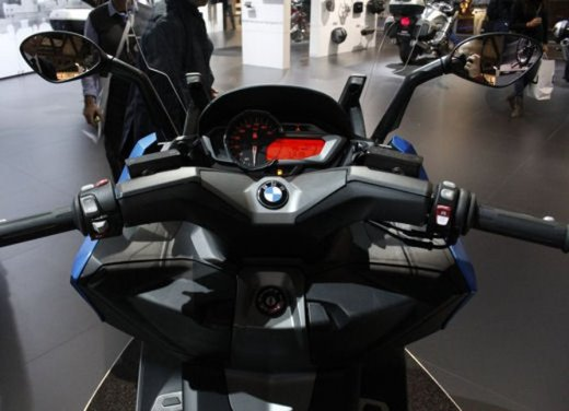 BMW C 600 Sport video ufficiale del maxi scooter sportivo BMW - Foto 11 di 81