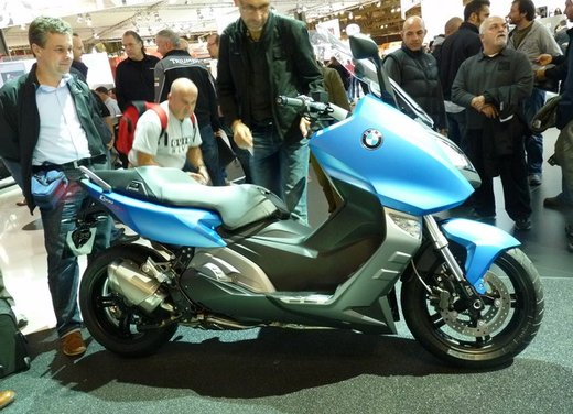 BMW C 600 Sport video ufficiale del maxi scooter sportivo BMW - Foto 2 di 81