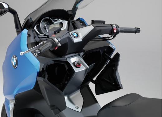 Bmw C 600 Sport, il maxi scooter in promozione con rate da 90 euro al mese - Foto 11 di 12