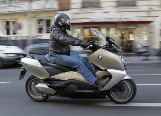 BMW C 650 GT: prova su strada dello scooter turistico