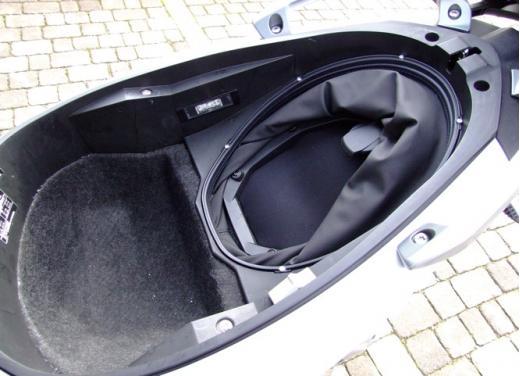 BMW C600 Sport: provato il maxy scooter tedesco - Foto 14 di 39