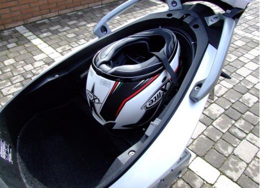 BMW C600 Sport: provato il maxy scooter tedesco - Foto 17 di 39