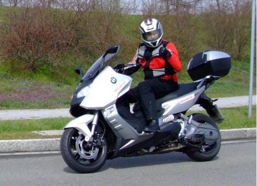 BMW C600 Sport: provato il maxy scooter tedesco - Foto 1 di 39