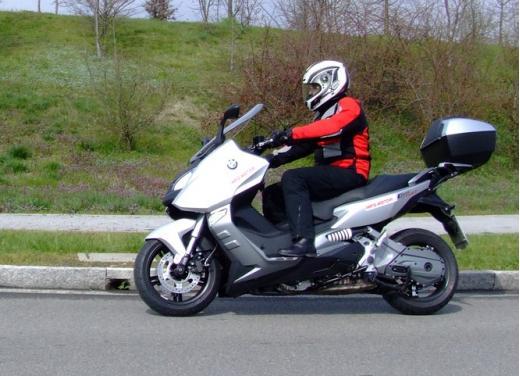 BMW C600 Sport: provato il maxy scooter tedesco - Foto 37 di 39