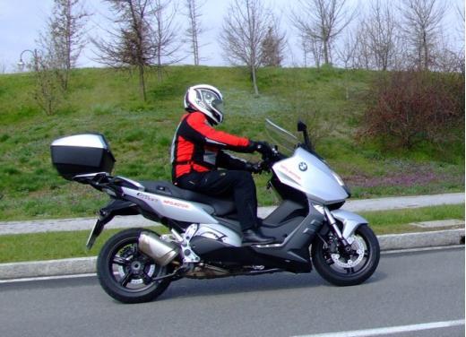 BMW C600 Sport: provato il maxy scooter tedesco - Foto 38 di 39