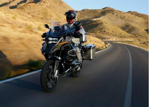 BMW presenta R1200RT e R1200GS Adventure - Foto 1 di 8