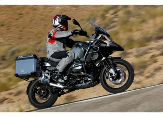 BMW presenta R1200RT e R1200GS Adventure - Foto 8 di 8