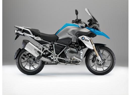BMW R1200GS, la maxi enduro stradale è sempre leader del mercato moto 2013 - Foto 4 di 9