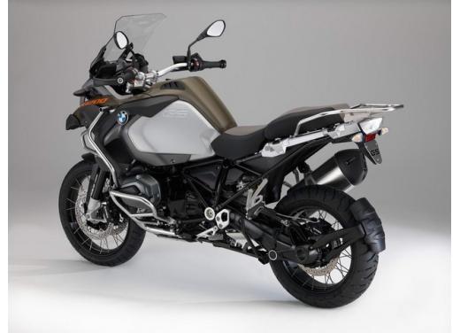 BMW R1200GS, la maxi enduro stradale è sempre leader del mercato moto 2013 - Foto 9 di 9