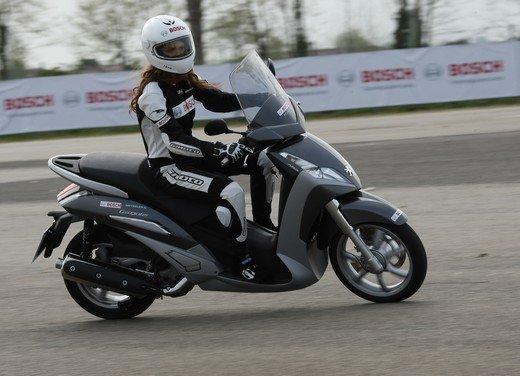 ABS Bosch, test ride del sistema antibloccaggio a Vairano - Foto 28 di 53